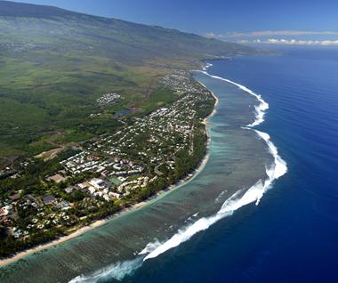 Photo aérienne de la plage de l'Ermitage à Île de La Réunion